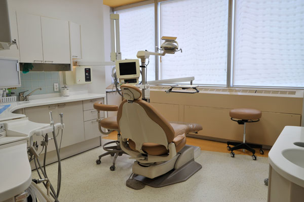 Dental office procedure room in Toronto